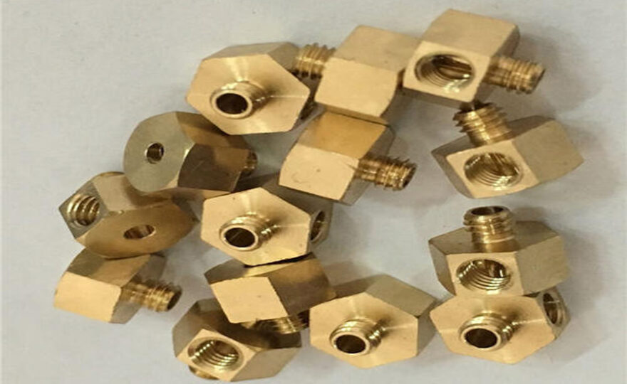 What are the three commonly used compensation methods for precision machining of CNC lathes